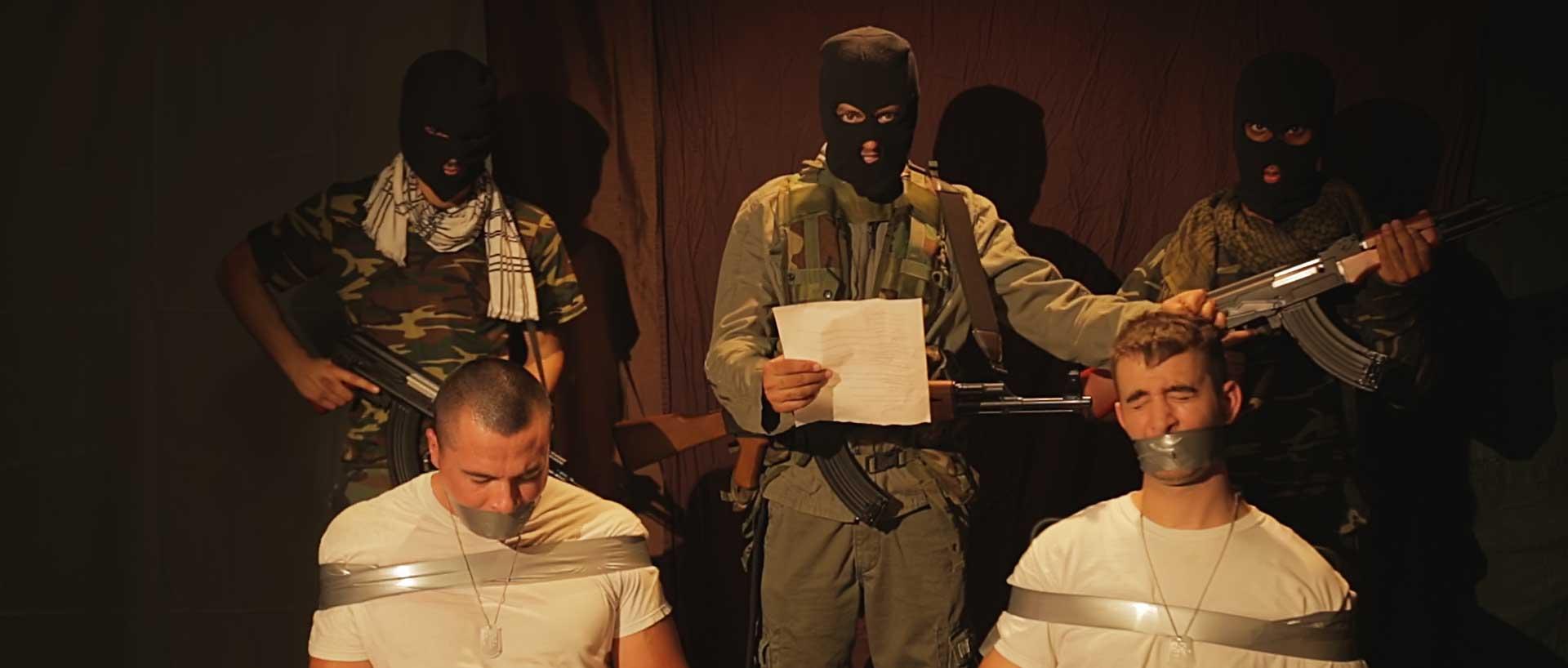 American-Hostage-still-(1)